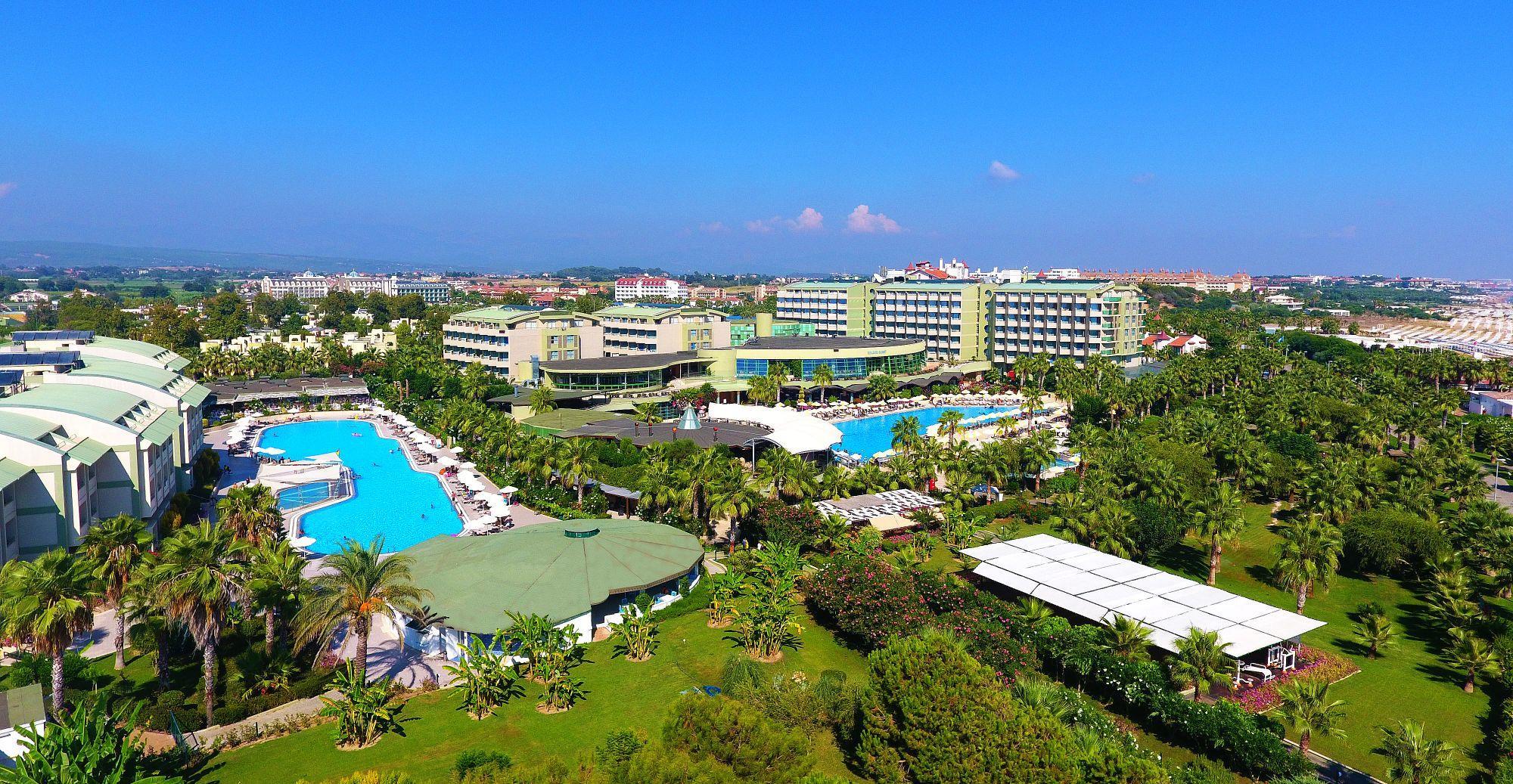 http://www.orextravel.sk/OREX/hotelphotos/vonresort-golden-coast-general-001.jpg