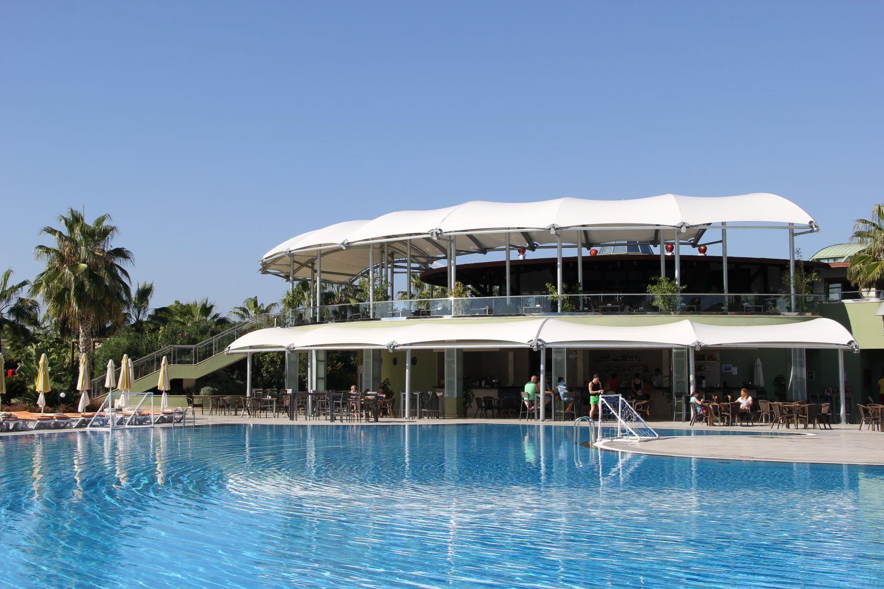 http://www.orextravel.sk/OREX/hotelphotos/vonresort-golden-coast-general-0015.jpg