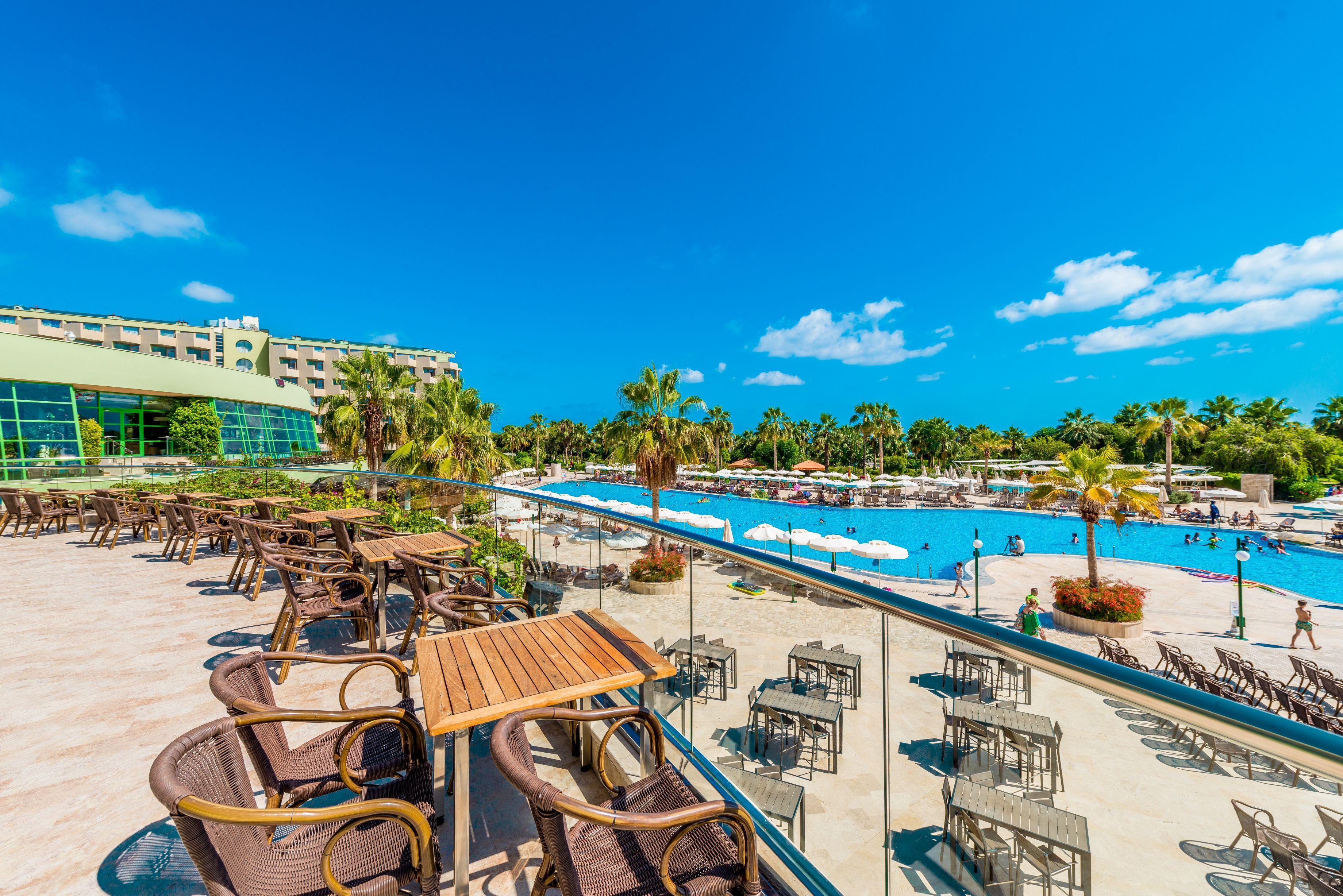 http://www.orextravel.sk/OREX/hotelphotos/vonresort-golden-coast-general-004.jpg