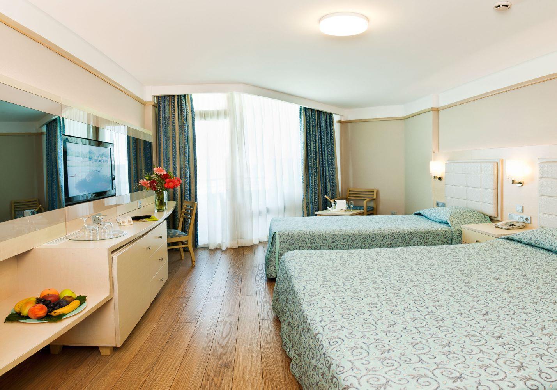 http://www.orextravel.sk/OREX/hotelphotos/vonresort-golden-coast-general-0048.jpg
