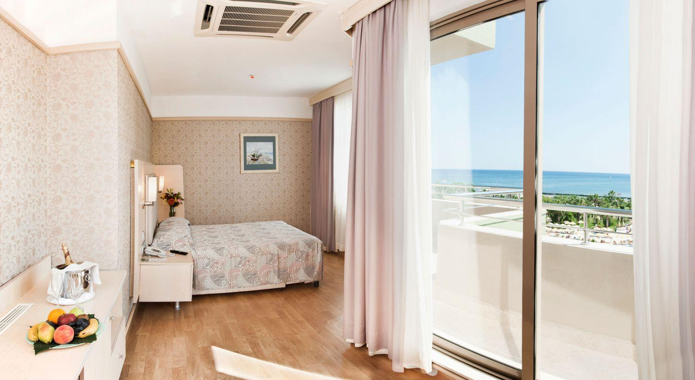 http://www.orextravel.sk/OREX/hotelphotos/vonresort-golden-coast-general-0050.jpg