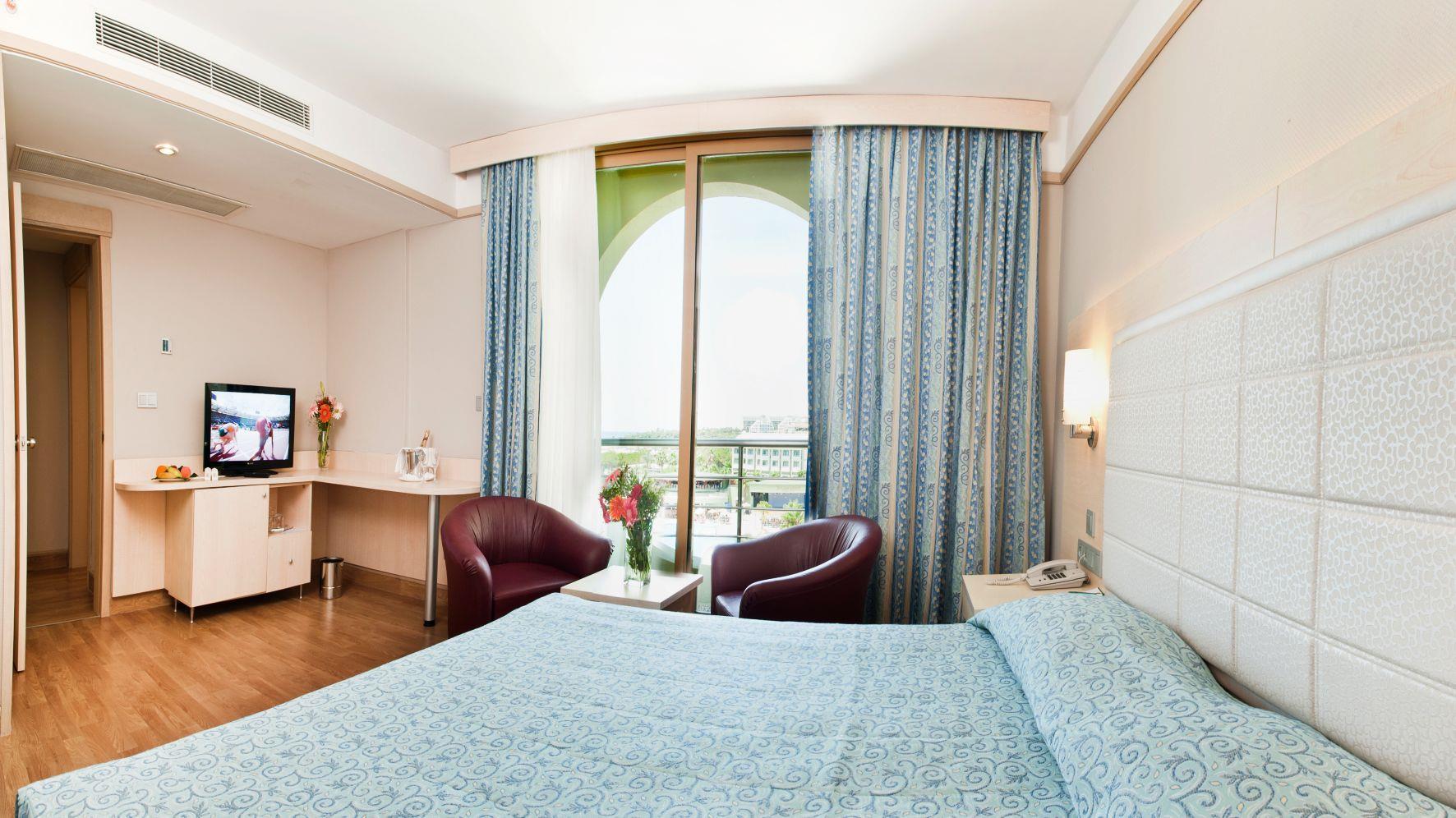 http://www.orextravel.sk/OREX/hotelphotos/vonresort-golden-coast-general-0053.jpg