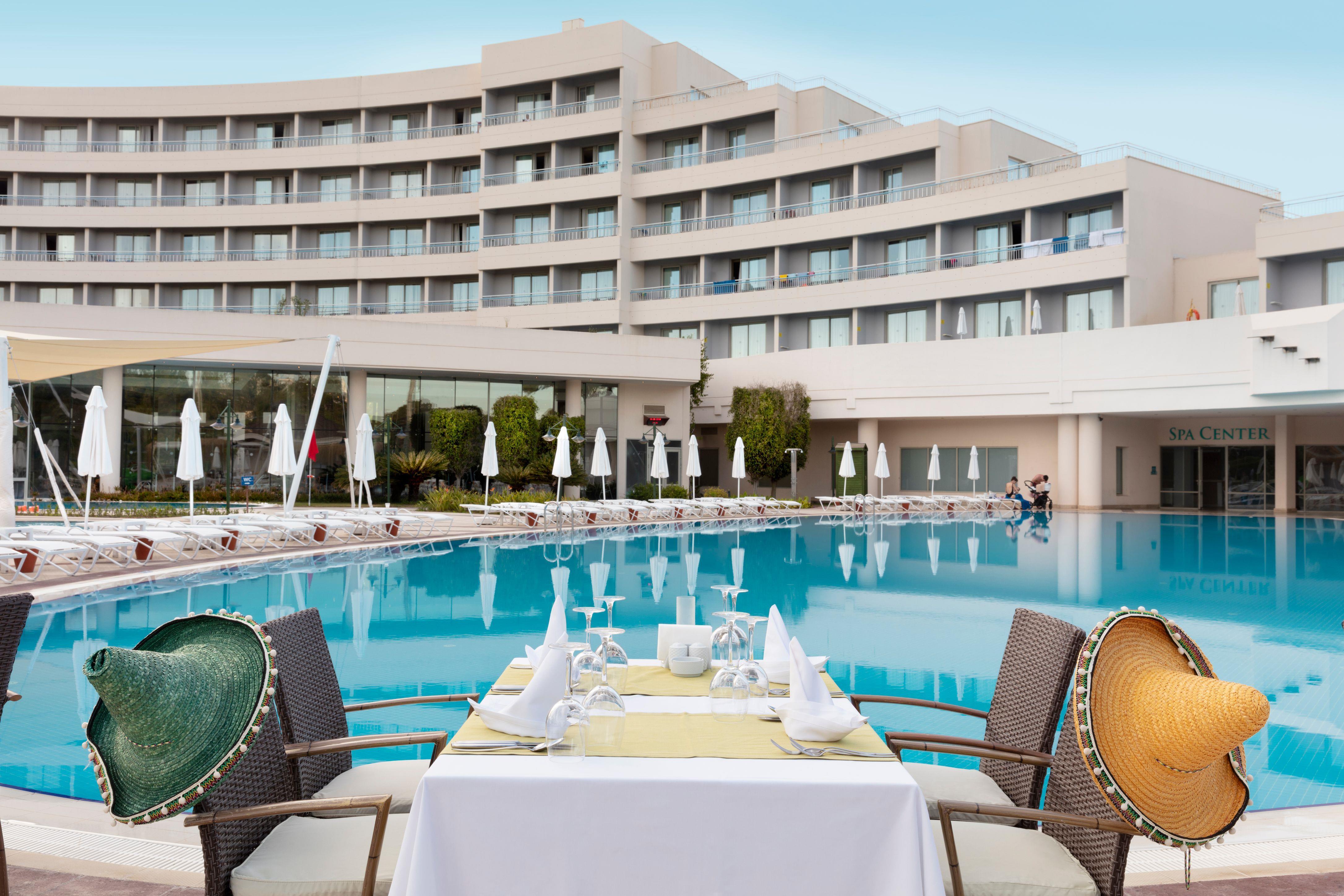 http://www.orextravel.sk/OREX/hotelphotos/zeynep-hotel-general-0018.jpg