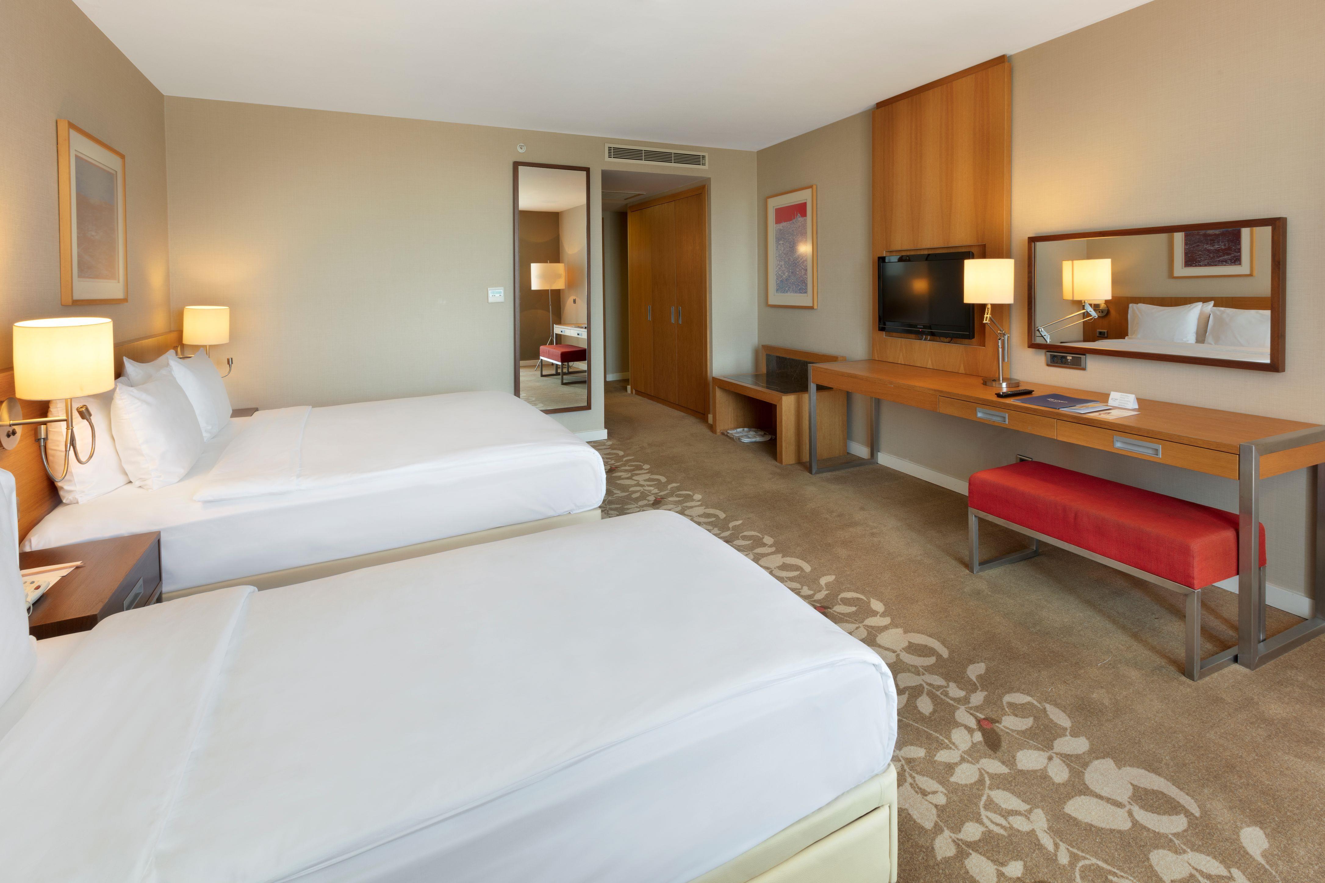 http://www.orextravel.sk/OREX/hotelphotos/zeynep-hotel-general-0019.jpg