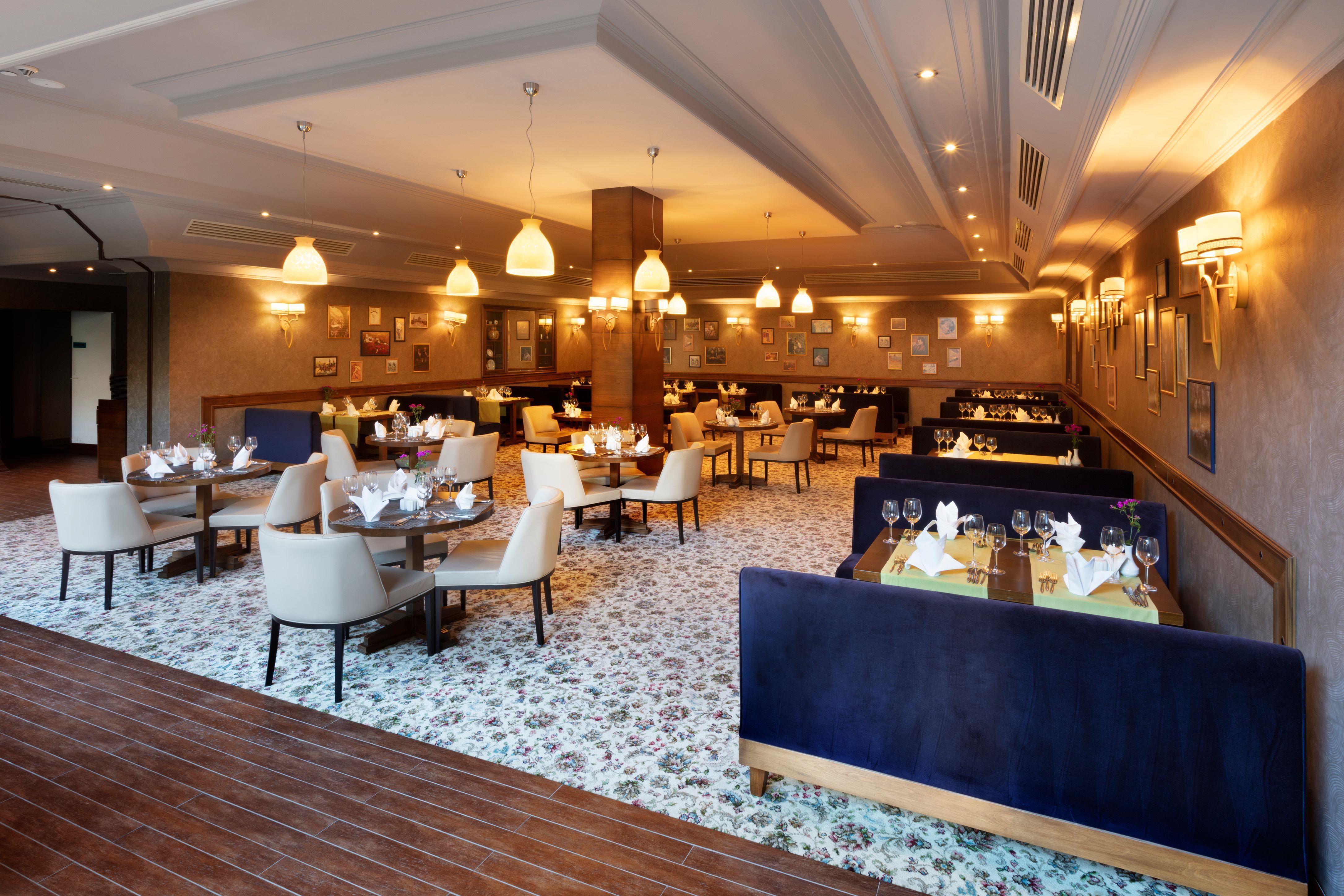 http://www.orextravel.sk/OREX/hotelphotos/zeynep-hotel-general-0020.jpg