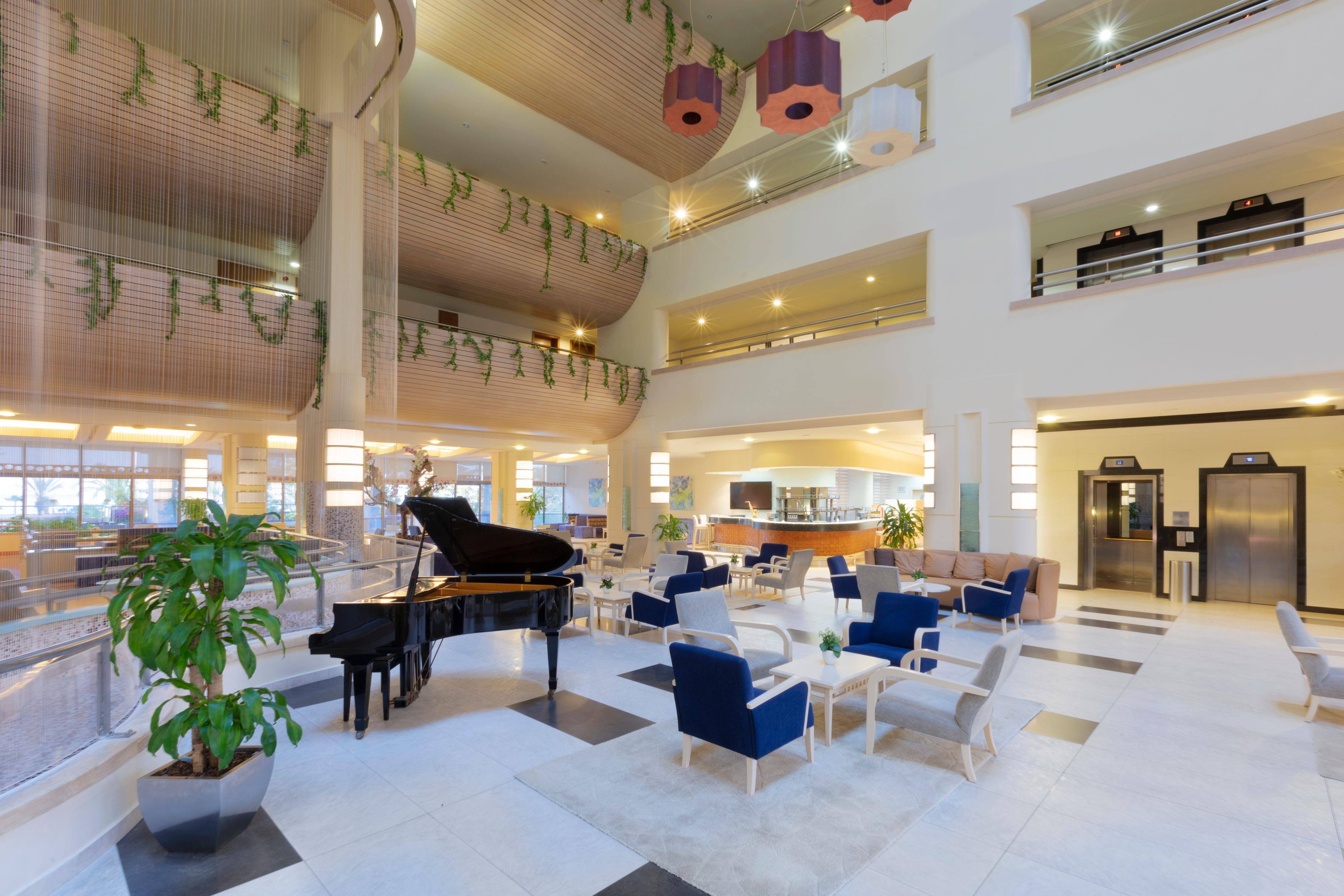http://www.orextravel.sk/OREX/hotelphotos/zeynep-hotel-general-0026.jpg