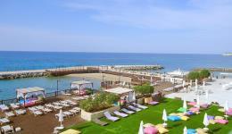 ada-beach-hotel-003.jpg