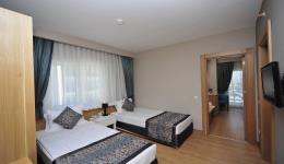 lake-river-side-hotel-general-099.jpg