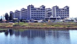 lake-river-side-hotel-reception-096.jpg
