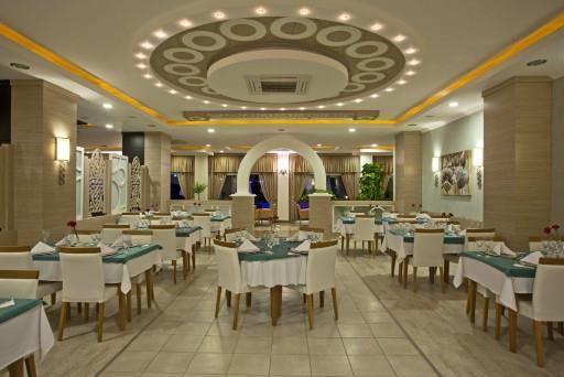 titan-select-hotel-general-003.jpg