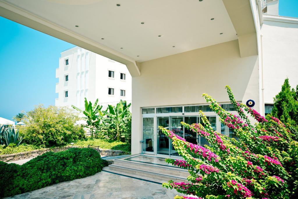 vuni-palace-hotel-general-019.jpg